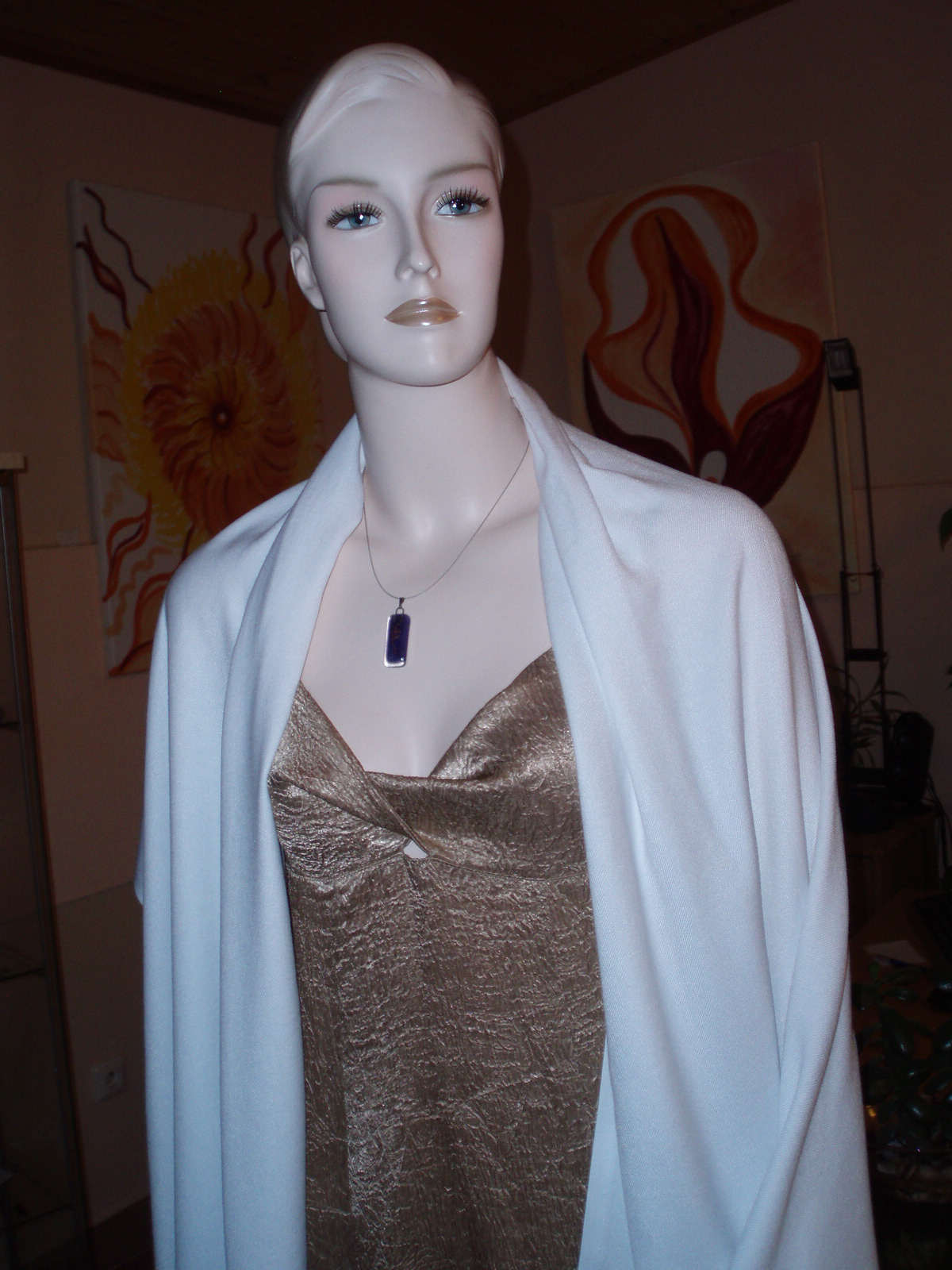 šaty s pašmínou